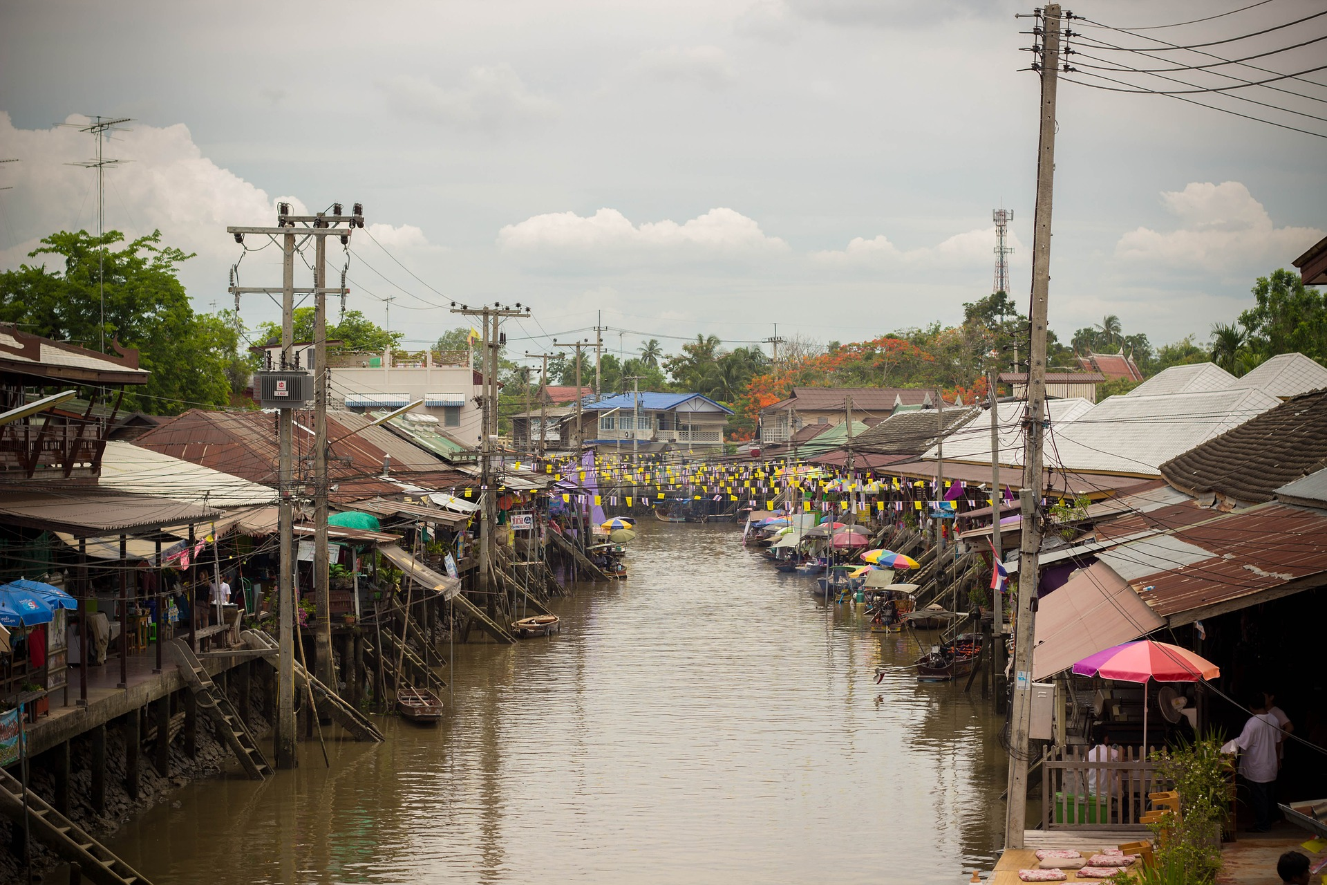 Amphawa Afternoon Market ( HH15/1 )