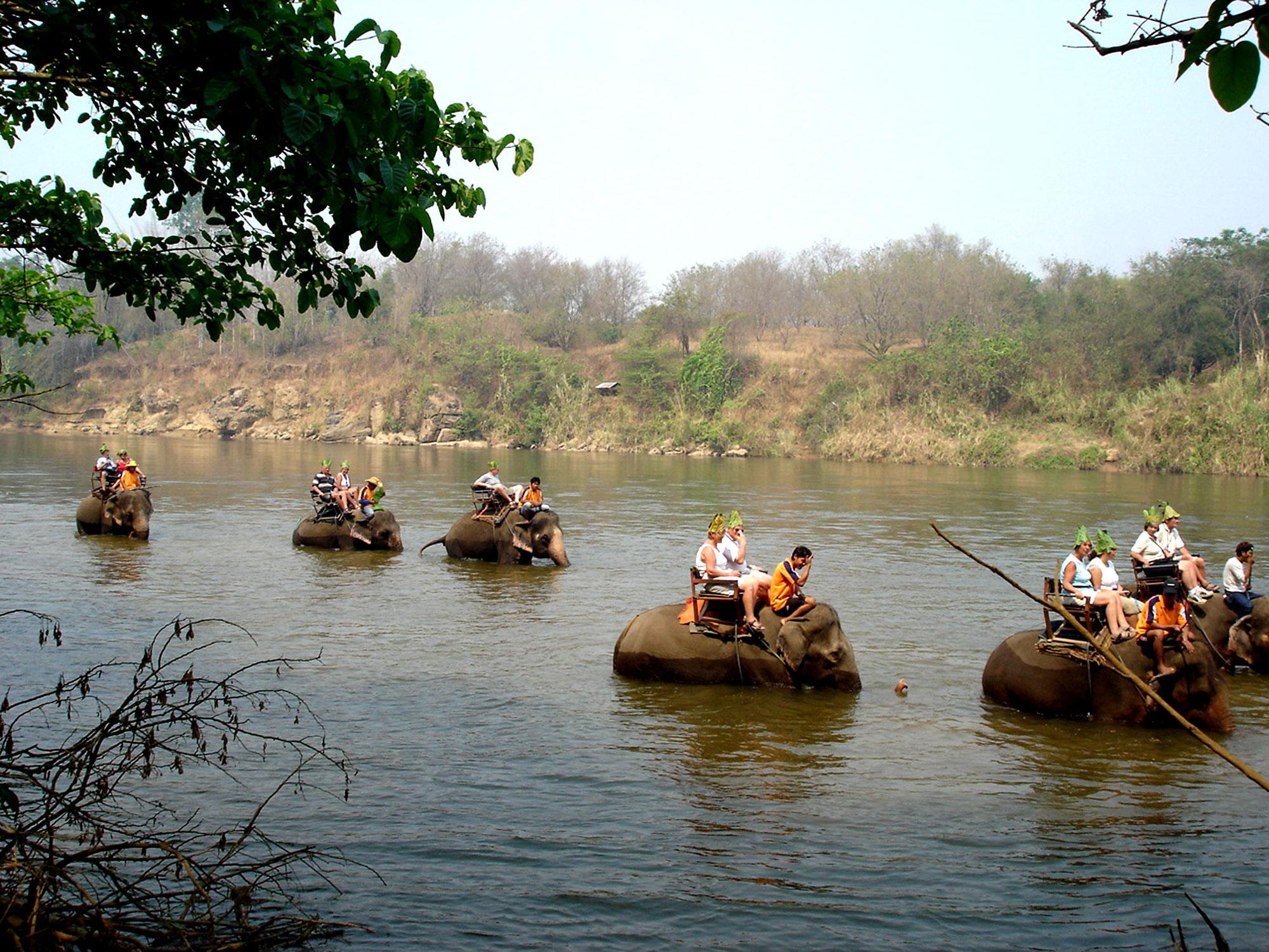 River Kwai and Elephant Washing ( HH16/2 )