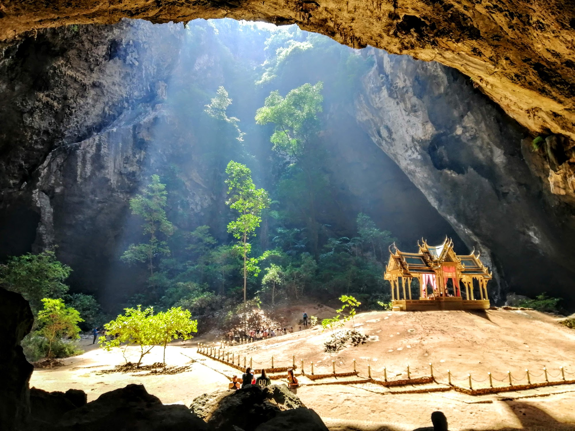 Phayanakorn Cave and Bueng Bua Boardwalk ( HH06/2 )